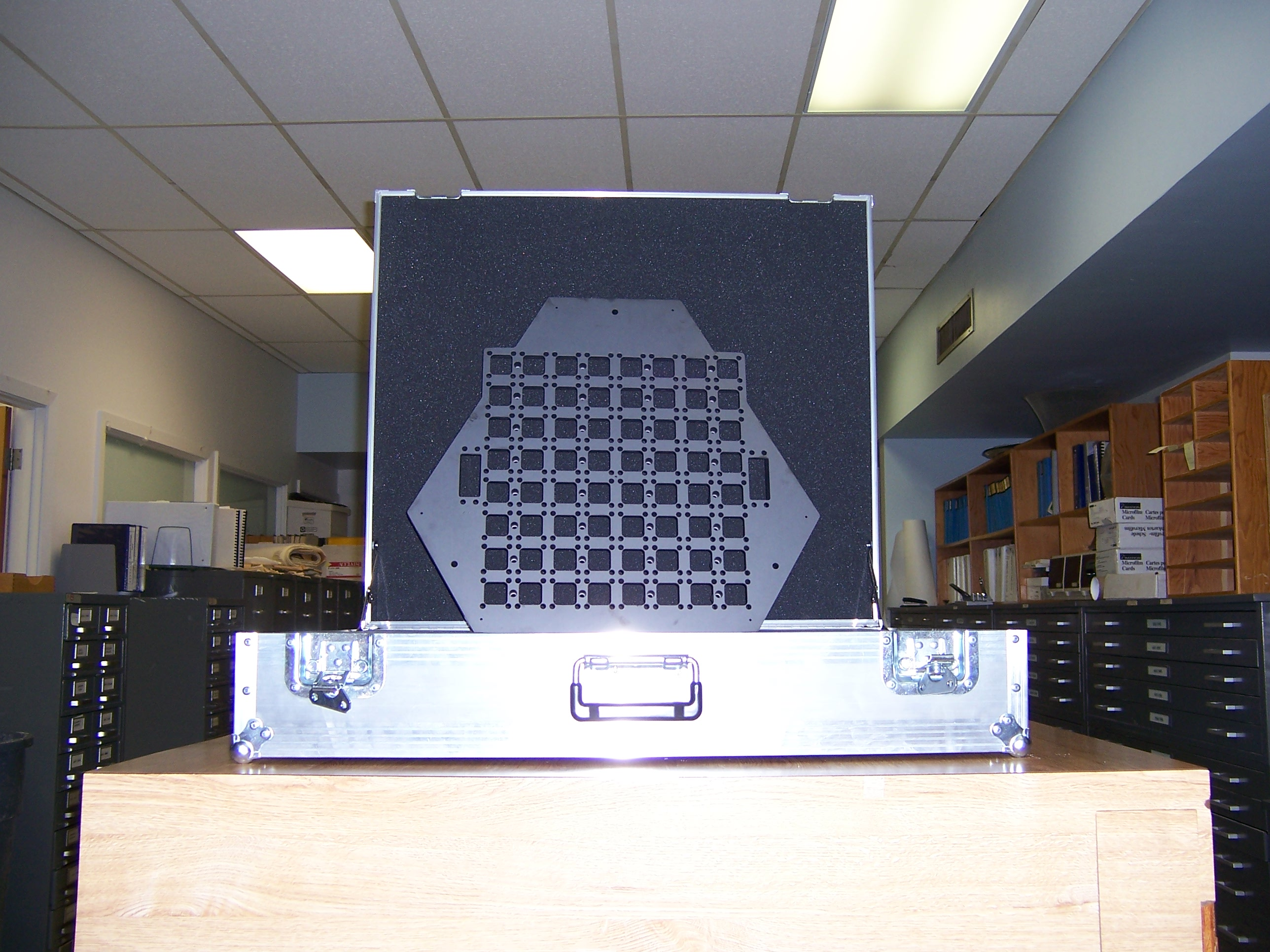 ODI base plate made of silicon carbide. The size of the rectangular area is about 40cm x 40cm.